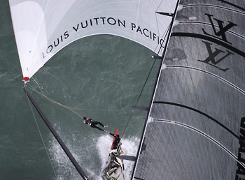 click to view Race Report - Louis Vuitton Pacific Cup